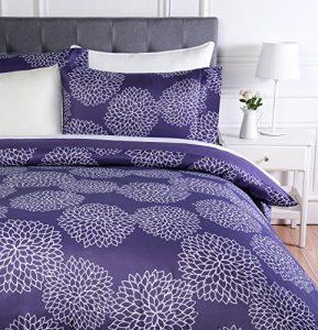 AmazonBasics - Juego de ropa de cama con funda de edredón, de microfibra, 200 x 200 cm, Floral morado (Purple Floral) 3