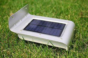 16 luces brillantes LED inalámbricas de sensor de movimiento alimentado por energía solar. 7