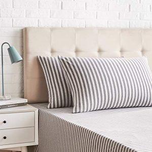 AmazonBasics - Juego de 2 fundas de almohada, diseño de rayas, 50 x 80 cm, Gris Claro 3